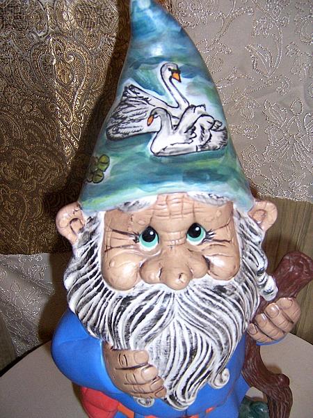 Custom Gnome Papa Bertie Pond Scene Matte Glaze Face