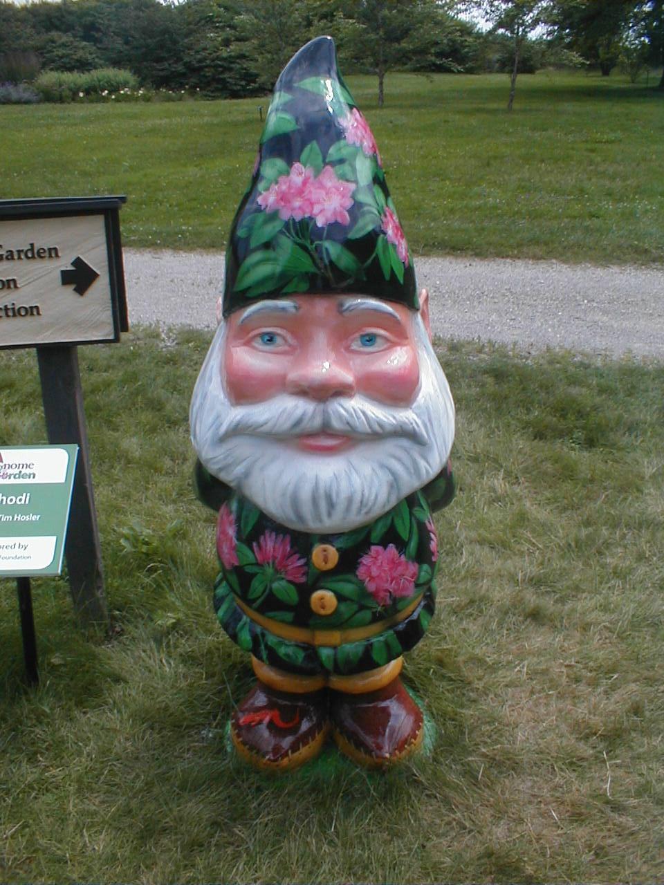 Giant Garden Gnomes